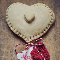 pie_hearts_feat