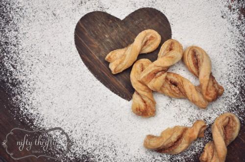 how to make cinnamon roll twists