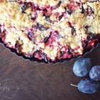 streusel plum cake @{nifty thrifty things}
