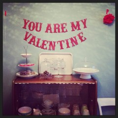 {cute valentine garland}